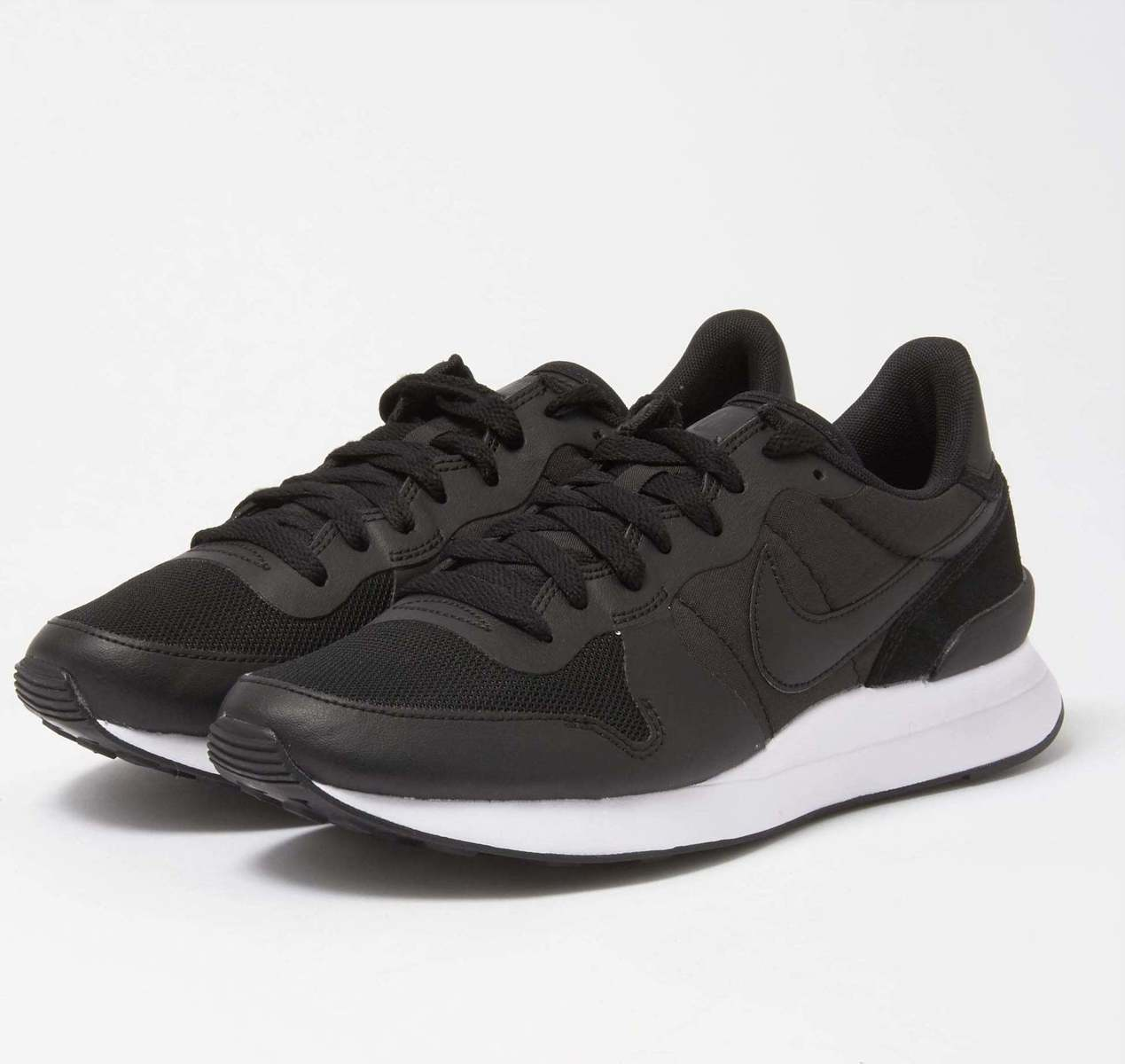 c07b11d8e8e Nike Internationalist LT17 · Nike Internationalist LT17 ...