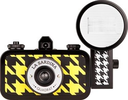 Lomography La Sardina & Flash Quadrat