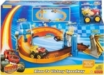 Fisher Price Blaze & the Monster Machines Blaze To Victory Speedway